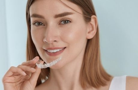 What are invisible aligners
